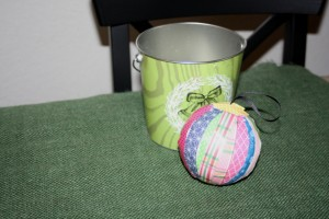 Avery Lane Sewing Blog decoupage ornaments tutorial