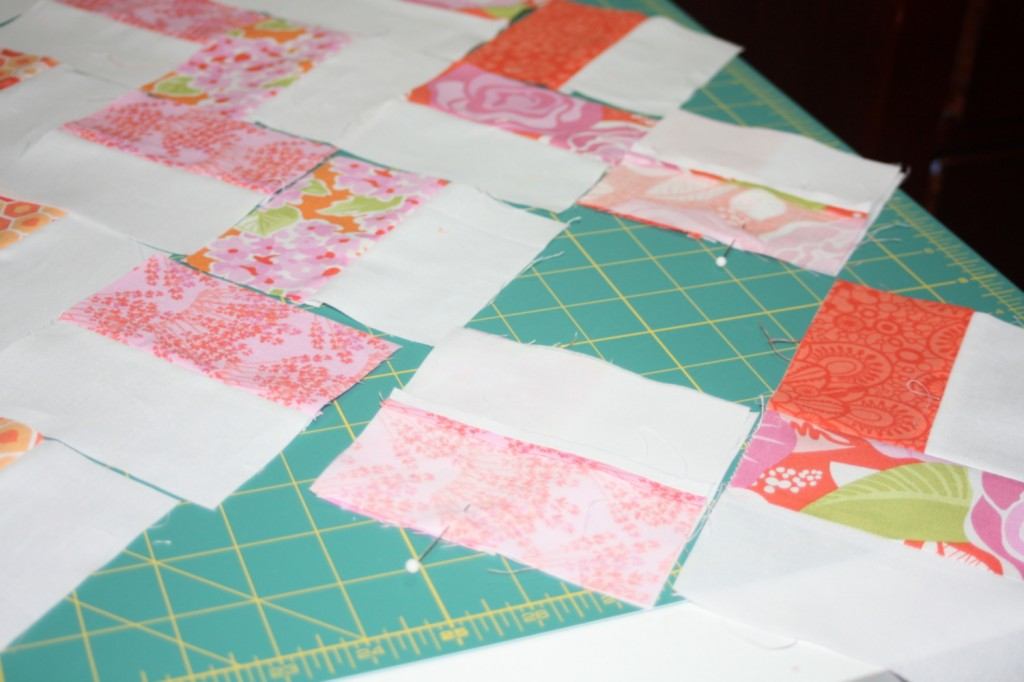 avery lane blog quilt sew along tutorial zigzag or chevron doll quilt 1