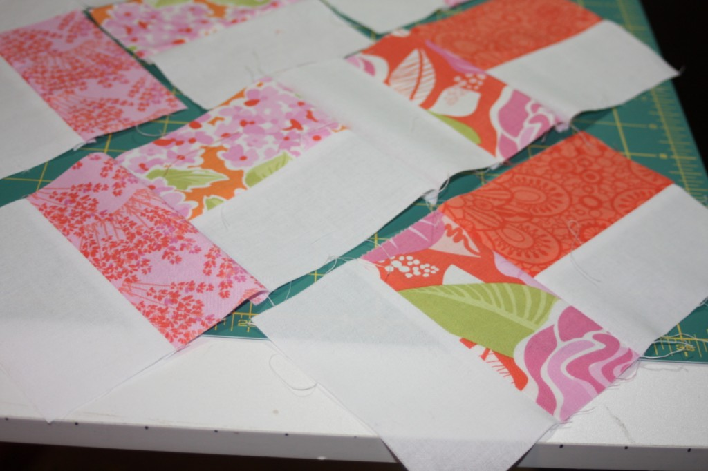 avery lane blog quilt sew along tutorial zigzag or chevron doll quilt4