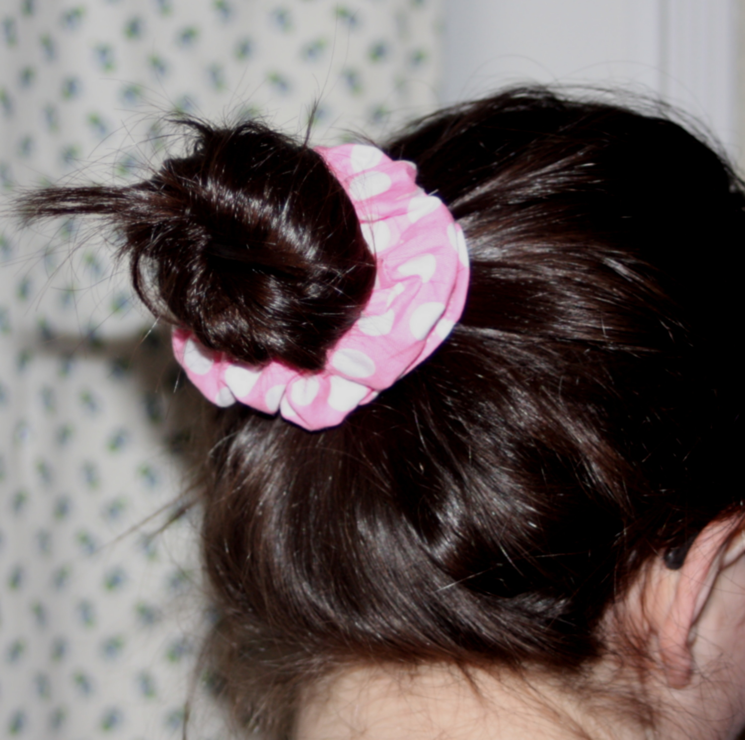 A Hair Scrunchie Sewing Tutorial By Avery Lane Sewing Blog