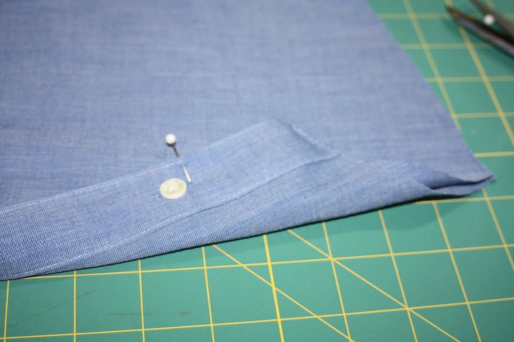 Avery Lane Blog upcycle tutorial mens dress shirt into girl's  tunic17
