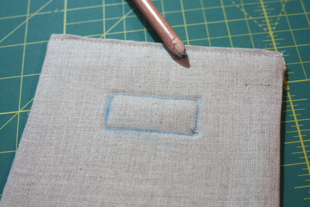 Sewing tutorial for making phone charging station 11