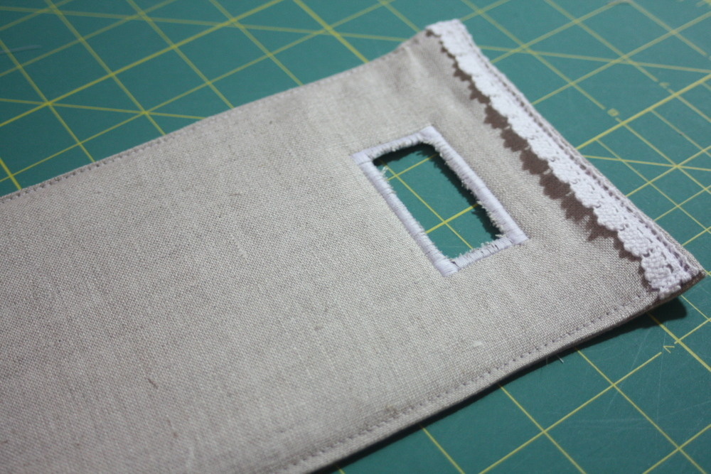 Sewing tutorial for making phone charging station AveryLaneSewing