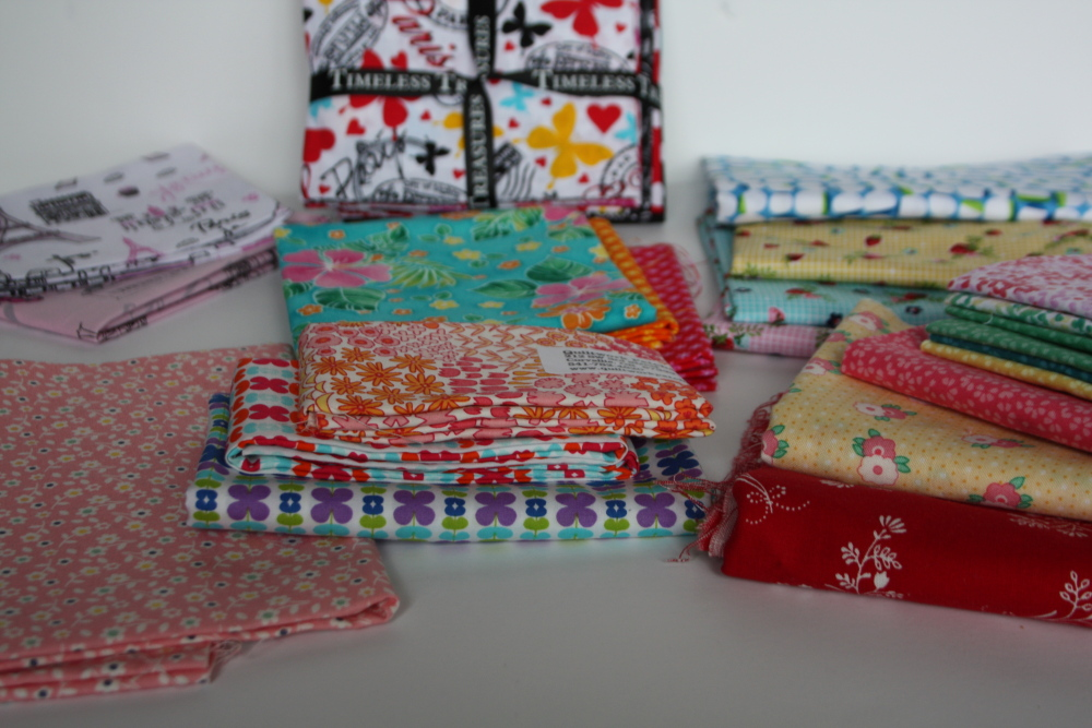 A Give-Away to Kick-off the Sewing Club!